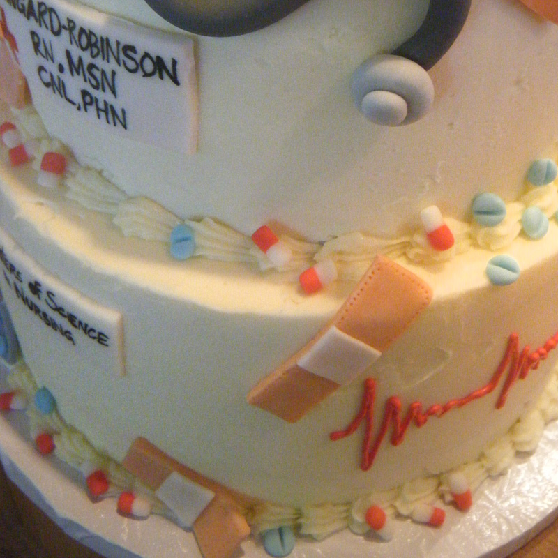 nursing-cake-closeup