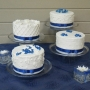 blue-and-white-cakes